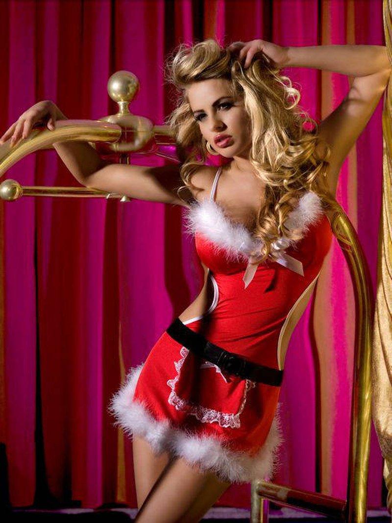 Женщина в костюме снегурочки танцует стриптиз видео, короткостриженные волосы лесбиянки порно