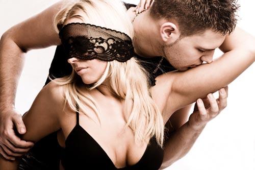 Важны ли ласки и прилюдия в сексе